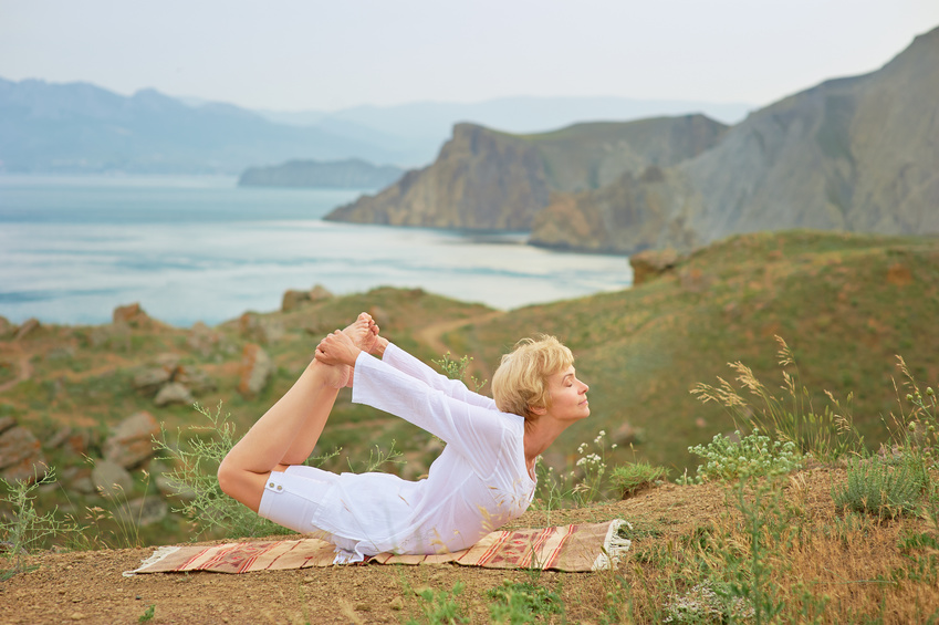 les-bienfaits-du-yoga-a-la-menopause