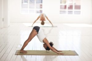 les-bienfaits-du-yoga-pour-la-ménopause